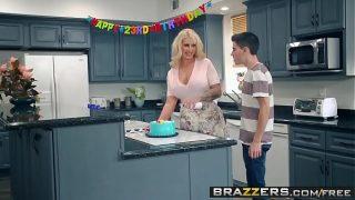 Brazzers – Mommy Got Boobs –  My Friends Fucked My Mom scene starring Ryan Conner, Jordi El Ni&ntild