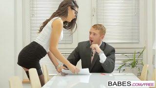 Babes.com – Learning The Ropes – Carolina Abril
